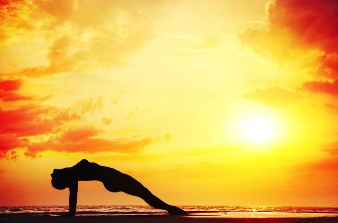 de-stressing-yoga-cum-reduci-stresul-prin-practica-yoga